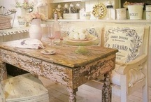Cottage Chic / by Innovasion