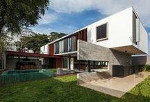 Arquitetura / by Iris Schmitt