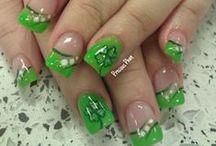 Nails / by Jessica Ruiz