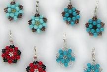 Jewelry: Bead Weaving Earrings / by Jill Duncan-Jack