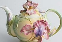 All about teapots / by Michelle Marshall