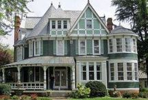 Victorian Houses / by Mademoiselle Emma