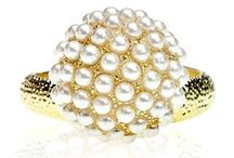 Gold Rings / by Eternal Sparkles
