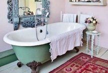 Bathroom / by Melinda Rubinstein