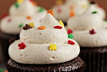cupcakes / by Renea West