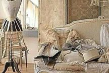 V I N T A G E  D E T A I L / Vintage details in decorating... / by Janet Copeland