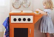 Kiddo Craft, Learn, Play / by McKenzie Tackett