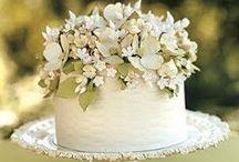 Wedding Cake  / by Allie Wilson