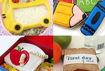 Yummy 4 kids & lunch box / by Marcela Donis de la Roca