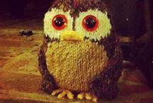 Knitting & Crocheting / by Alisha Schultze (Crafty Brooklyn Army Wife)