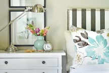 Decorating Ideas: Bedroom / by Eva Jansen Bromfield