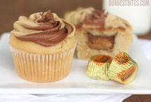 Dessert: Cake/CupCakes/Pie / by Eva Bromfield