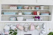 Kitchen / by Natalie Zaki
