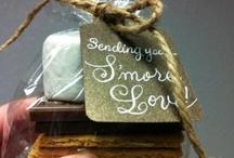 Food Gifts / by Sherri Stepp