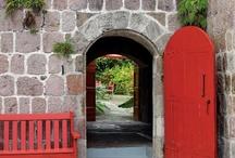 DOOR n' GATE / by Binah Yadwiga