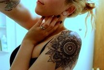 Tattoos & Art & Fantastic Photos / by Caity Hitchins