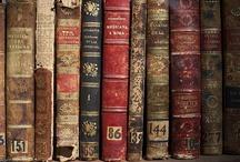 LIVROS / BOOKS / by Celene Gurgel