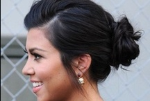 Hair Buns & Top Knots / by Amie Vitito