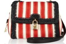 Bags I Love / by Anna Dabernig