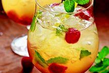 Drinks....on the house. / by Magda van Niekerk