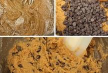 Recipes: Desserts / by Linda Bolt