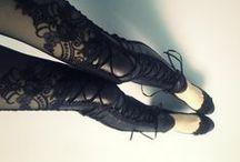 Goth  / The dark side / by Ale