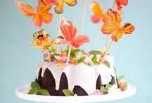 charming cakes, and cupcakes / pretty, charming, beautiful and cute cakes and cupcakes / by Chiara Milott