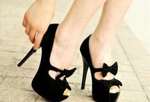 Shoes / by Sabrina Bellettini Young