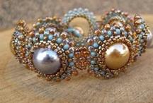 Bead Weaving - Bracelets / by hummingbird.pie