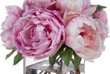 flowers, flowers everywhere / Flowers make everyone happier and can always be a gift solution no matter what the occasion. This is Taigan's collection of all our favorite arrangements and flower inspired products from all over. Enjoy! / by Taigan
