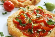 pizza, tarts & quiche / by Susan Webb