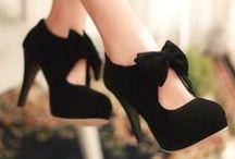 Shoes / by Teresa Pereira