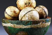 Deco Spheres & Eggs / by CraftsnCoffee