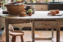 Kitchens / by Janna Wagar