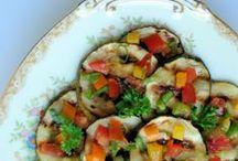 Favorite Recipes / by Nancy Bloom