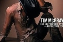 Tim McGraw - so fine he gets his own board! / by Beverley Woodring
