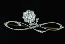 Jewelry Wish List / by Linda Cordell