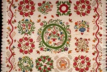 Quilts Vintage and antique / by Taryn Faulkner