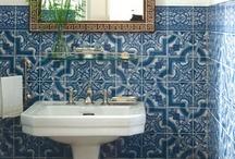 Bathrooms / by Kasey Todd