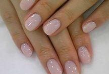 nails / by Hannah Lee