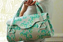 Sewing - Bags / by Corinne Fourcade