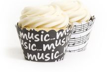 Cupcakes / by Marissa Erickson