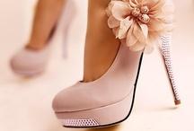 Shoes Shoes & More Shoes / by Amanda Cheatham