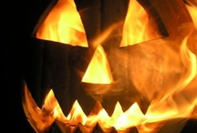 Get Spooked  / #Halloween #Decorations #Decor #scary #Pumpkins # spooky / by Destiny Murphy