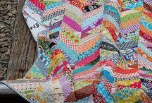 Sewing / by Rita Brum