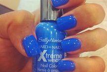 Nails / by Raquel Garcia