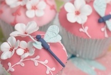 Cupcakes / by Sherri Mantooth Bagwell