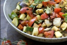 Recipes to Try / by Cori Kardos