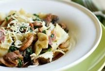 Food - Yummy Pasta / All pasta recipes! Entree's soups, sides and more. / by Miss Information