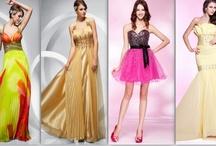 DRESSES / by Fashionista Era